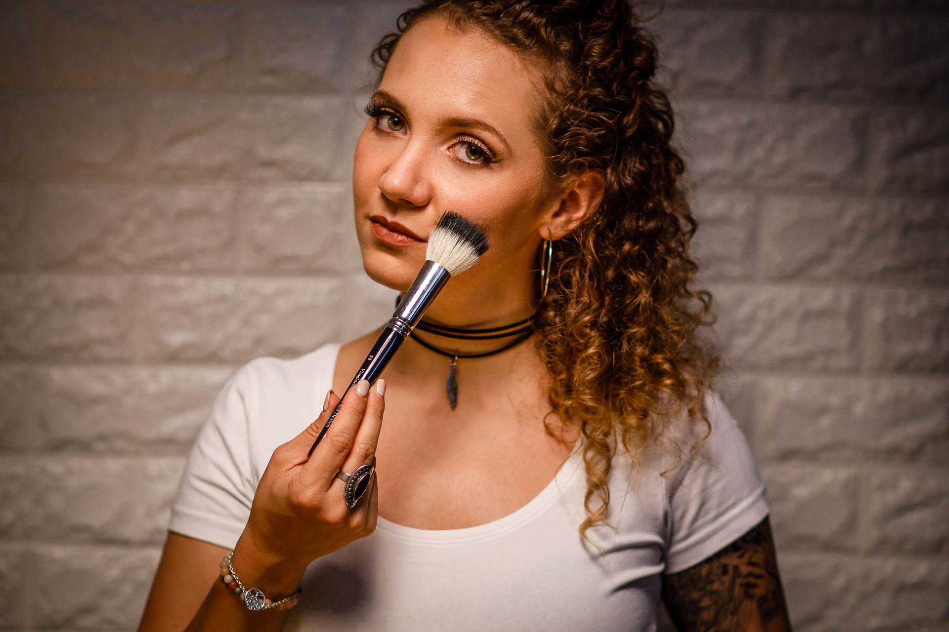 Make-up Artist 2